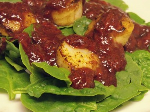 Seared Scallops with Strawberry Balsamic Reduction